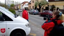 Z natáčení pro Maltézskou pomoc