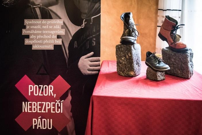Výroční cenu streetworkerů v kategorii Osobnost roku ovládla Martina Horníčková z Nízkoprahového klub Wellmez. Spoluzaložila nízkoprahový klub v Arménii a na Žďársku zpropagovala nízkoprahová zařízení pro děti a mládež