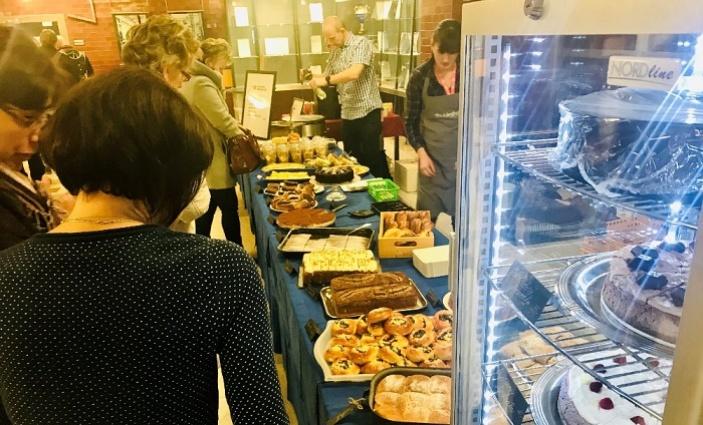 Charitativní snídaně pro energetiky v JE Dukovany jsou tradiční akcí  kavárny Pohodička