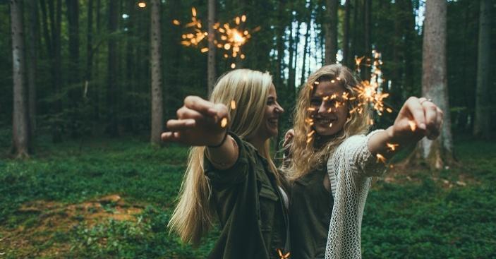Co nám dává přátelství?