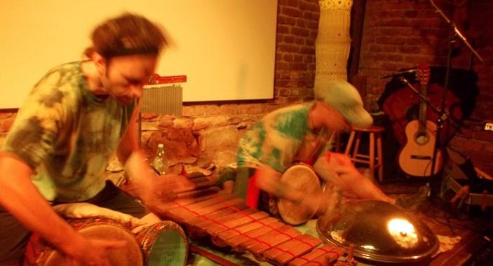 Koncert muzikantů bez domova a buskerů